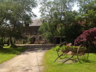 3 gites - La Ferme de l'Eglise - La Haye-du-Puits vacation rentals
