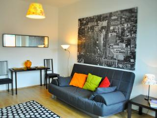Hi5 Apartment 33 - Budapest vacation rentals