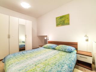TH00306 Apartment Pud Oreh / One Bedroom - Roc vacation rentals