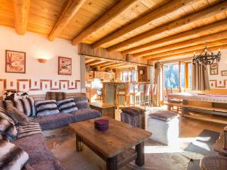Luxurious chalet - 14 people - Champagny-en-Vanoise vacation rentals