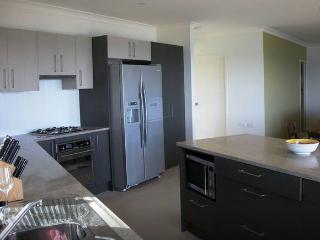 Nice 4 bedroom Condo in Moreton Island - Moreton Island vacation rentals