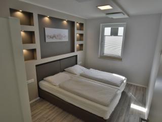 Romantic 1 bedroom Winterberg Condo with Internet Access - Winterberg vacation rentals