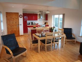 Comfortable House with Television and Central Heating - Ballinfull vacation rentals