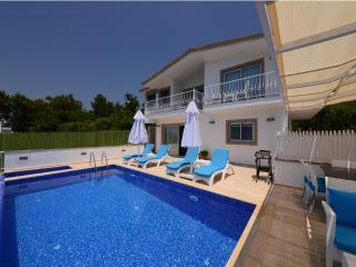 Secruded Luxury Villa / Üzümlü / 4 sleeps - Kalkan vacation rentals