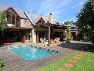 Stunning Villa & Cottage in the heart of Noordhoek - Noordhoek vacation rentals