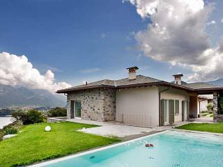 Perfect House with Internet Access and A/C - Tremezzo vacation rentals