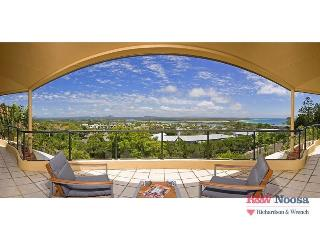 "Apartment 5 (Penthouse) ""Belle de Jour"", Edgar Bennett Avenue - Noosa vacation rentals"