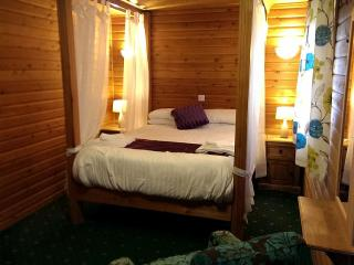 Romantic lake view lodge - 130793 - Hornsea vacation rentals