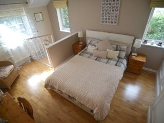 Modern annexe with private parking and garden - Bury Saint Edmunds vacation rentals