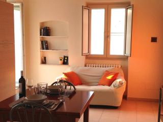 Nice Condo with Television and Balcony - Altamura vacation rentals
