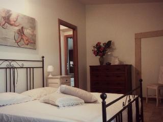 Cozy 2 bedroom Bed and Breakfast in Arbizzano - Arbizzano vacation rentals