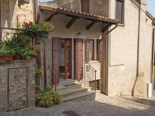 3 bedroom Condo with Satellite Or Cable TV in Arqua Petrarca - Arqua Petrarca vacation rentals