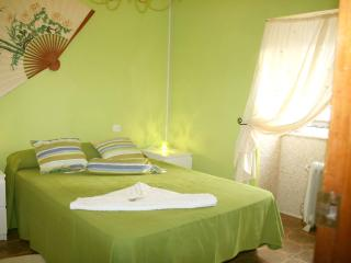 Adorable 4 bedroom House in Laxe with Iron - Laxe vacation rentals