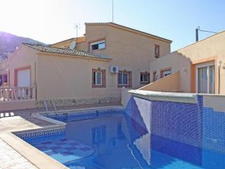 Nice Condo with Internet Access and A/C - Calpe vacation rentals