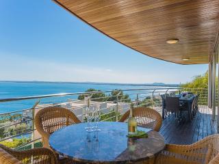 Perfect 5 bedroom Puerto de Alcudia Villa with Internet Access - Puerto de Alcudia vacation rentals