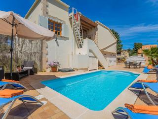 4 bedroom House with Internet Access in Mal Pas - Mal Pas vacation rentals