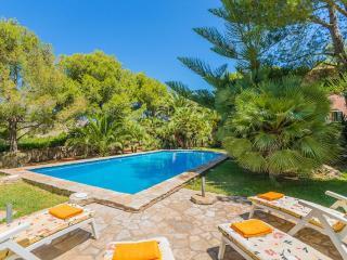 Beautiful 5 bedroom Villa in Cala San Vincente - Cala San Vincente vacation rentals