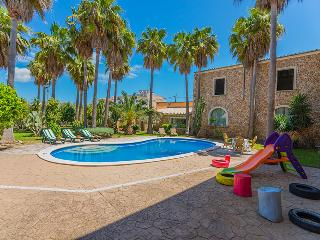 Perfect 5 bedroom Villa in Maria de la Salut - Maria de la Salut vacation rentals