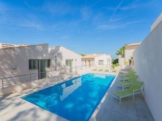 Cozy 3 bedroom Vacation Rental in Cala San Vincente - Cala San Vincente vacation rentals