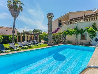 Perfect 4 bedroom Villa in Porto Cristo with Internet Access - Porto Cristo vacation rentals