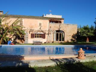 5 bedroom House with Internet Access in Cas Concos - Cas Concos vacation rentals