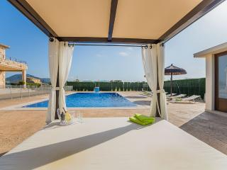 Comfortable 4 bedroom House in Sa Pobla with Internet Access - Sa Pobla vacation rentals