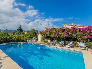 Nice 3 bedroom Pollenca House with Internet Access - Pollenca vacation rentals