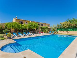 6 bedroom House with Internet Access in Pollenca - Pollenca vacation rentals