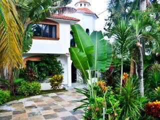 MAYAN VILLA CASTILLO BLANCO 4 - Playa del Carmen vacation rentals