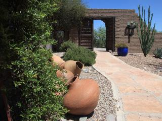 "More ""Custom"" than Custom ... 10 Acres - Tubac vacation rentals"