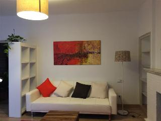 Nice Condo with Internet Access and Stove - Cadaques vacation rentals
