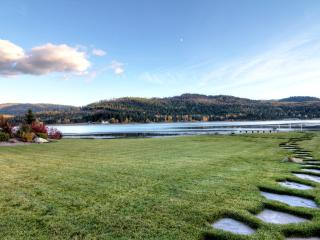 Spectacular Lodge on the Pend Oreille River - Laclede vacation rentals