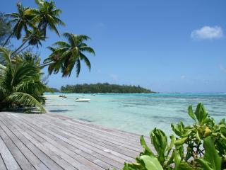 Villa Teareva - seaside with Jacuzzi - TIS - Moorea vacation rentals