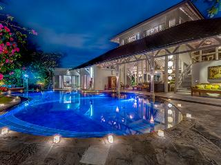 Fabulous 6 bedrooms in Prime location - Seminyak vacation rentals