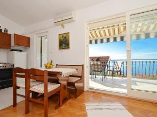 TH01848 Apartments Čanić / Two bedrooms A1 - Okrug Gornji vacation rentals