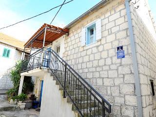 TH01853 Apartments Rejo / One bedroom A1 - Okrug Gornji vacation rentals