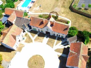 Perfect 4 bedroom Vacation Rental in Descartes - Descartes vacation rentals