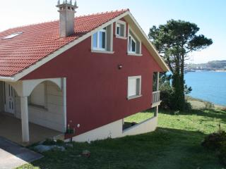 Villa with amazing views - Laxe vacation rentals