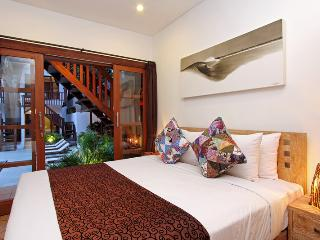 Nice Bungalow with Internet Access and Shared Outdoor Pool - Canggu vacation rentals