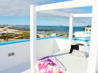 Cozy 2 bedroom Villa in Corralejo with Internet Access - Corralejo vacation rentals