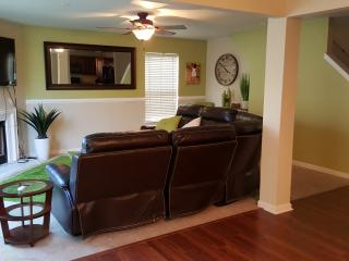 Spacious and Cozy. Close to Uptown and Speedway! - Charlotte vacation rentals