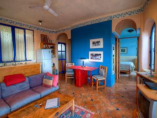 Sunny 4 bedroom Apartment in San Miguel de Allende - San Miguel de Allende vacation rentals