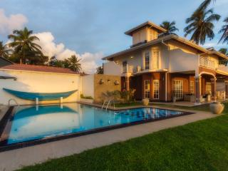 Villa Riina-Luxury beach villa with swimming pool - Ambalangoda vacation rentals