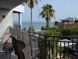 Classic Two Bedroom Ocean View Condominium - Key West vacation rentals