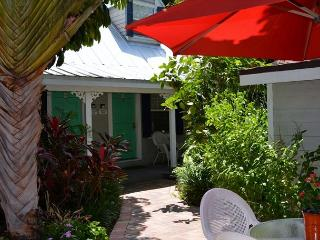 Downtown Nassau Oasis 1 Bedroom Townhouse steps to Duval - Key West vacation rentals