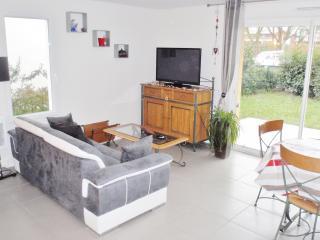 maison neuve au coeur du Pays Basque - Saint Jean Pied de Port vacation rentals