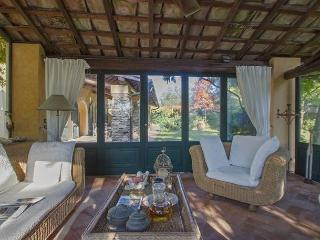 Beautiful 4 bedroom Province of Florence Villa with Internet Access - Province of Florence vacation rentals