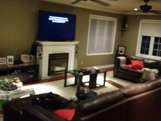 Bright 7 bedroom House in Caledon - Caledon vacation rentals