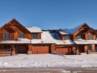 Gorgeous House with A/C and Hot Tub - Sturgis vacation rentals