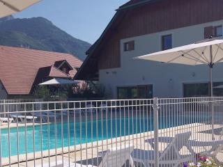 Location T2 35m² été/hiver proche Annecy - Giez vacation rentals